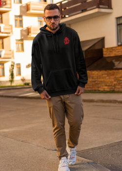 hoodie-mockup-of-a-serious-man-with-sunglasses-walking-on-the-street-2774-el1